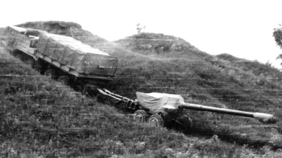 Испытания автомобиля на подъем с прицепной пушкой «Гиацинт-Б»