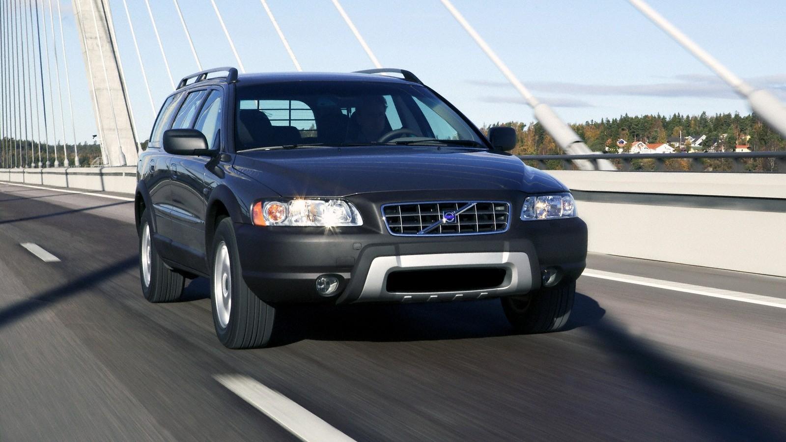 Volvo XC70 '2004–07