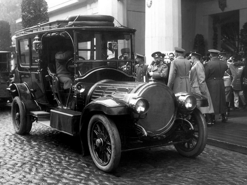 Делоне-Бельвиль был автомобилем высокого класса