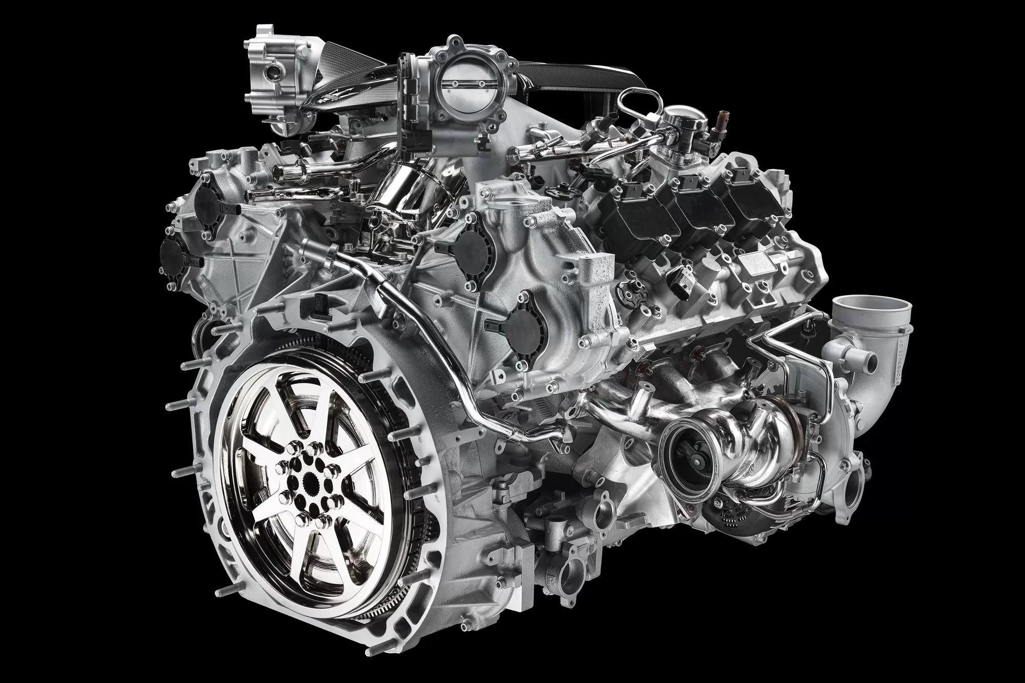 Maserati MC20: кузов-конфетка, крафтовый V6 и электрическая альтернатива