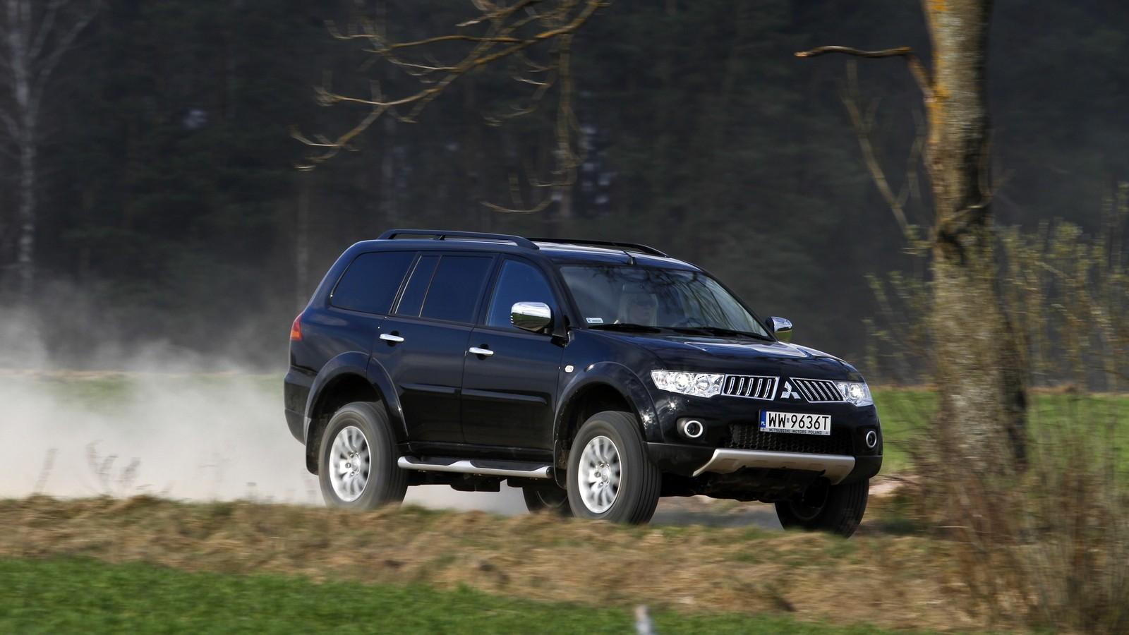 Mitsubishi Pajero Sport '2008–13
