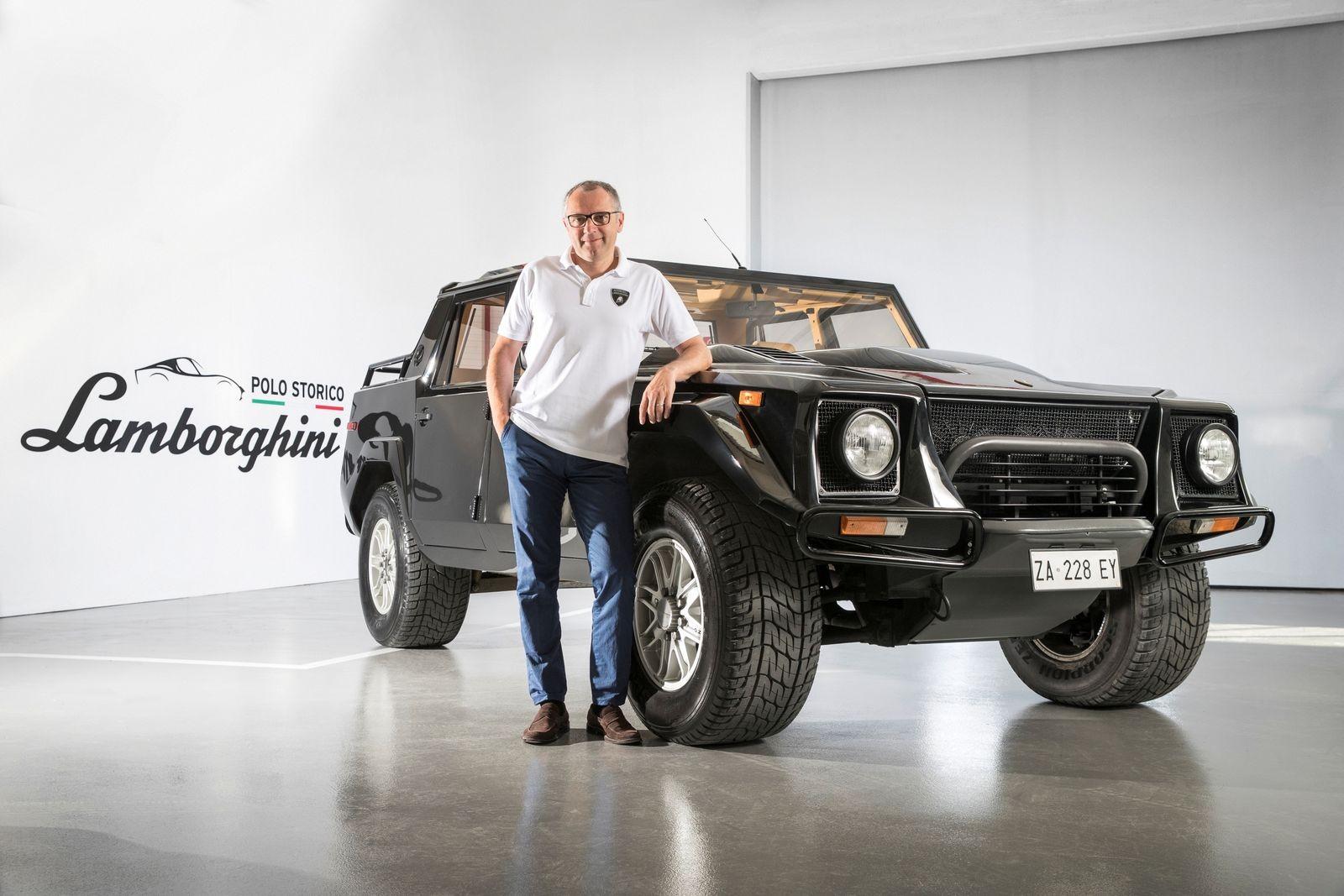 Глава Lamborghini Стефано Доменикали морально готов к выпуску наследника LM002, который позволит итальянской фирме стабильно продавать более 10 тысяч автомобилей в год.