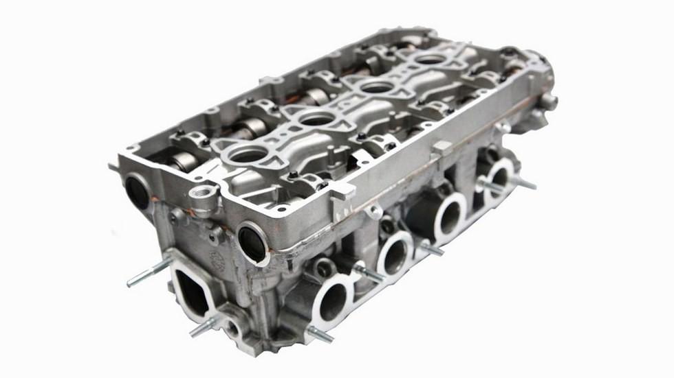 Головка блока цилиндров двигателя ВАЗ-2112