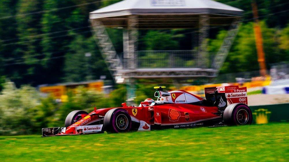 Не исключена возможность того, что Райкконен продолжит выступать за Ferrari и в 2018 году