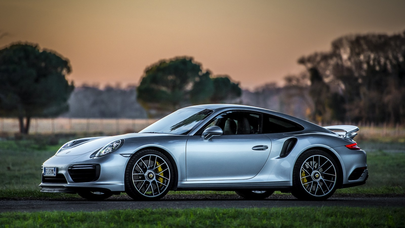Porsche 911 Turbo S Coupe