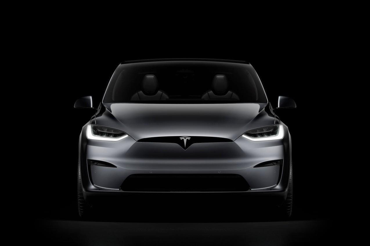 Илон Маск анонсировал выход Tesla на российский рынок. Гигафабрика тоже возможна