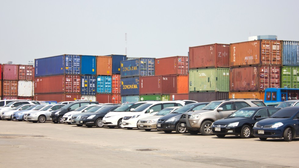 BANGKOK - MARCH 6 : Many cars park at Klong Toey port on March 6