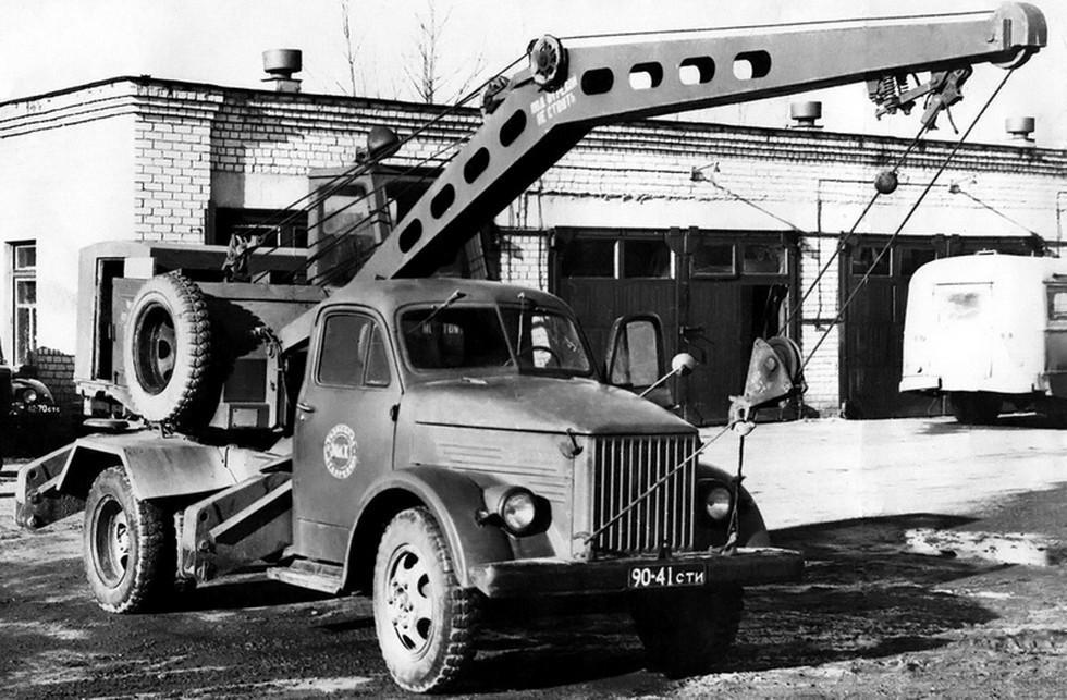На фото: К-2.5-1Э на шасси ГАЗ 51А '1950–63