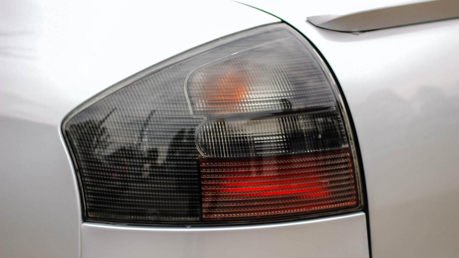 Audi A6 II фонарь