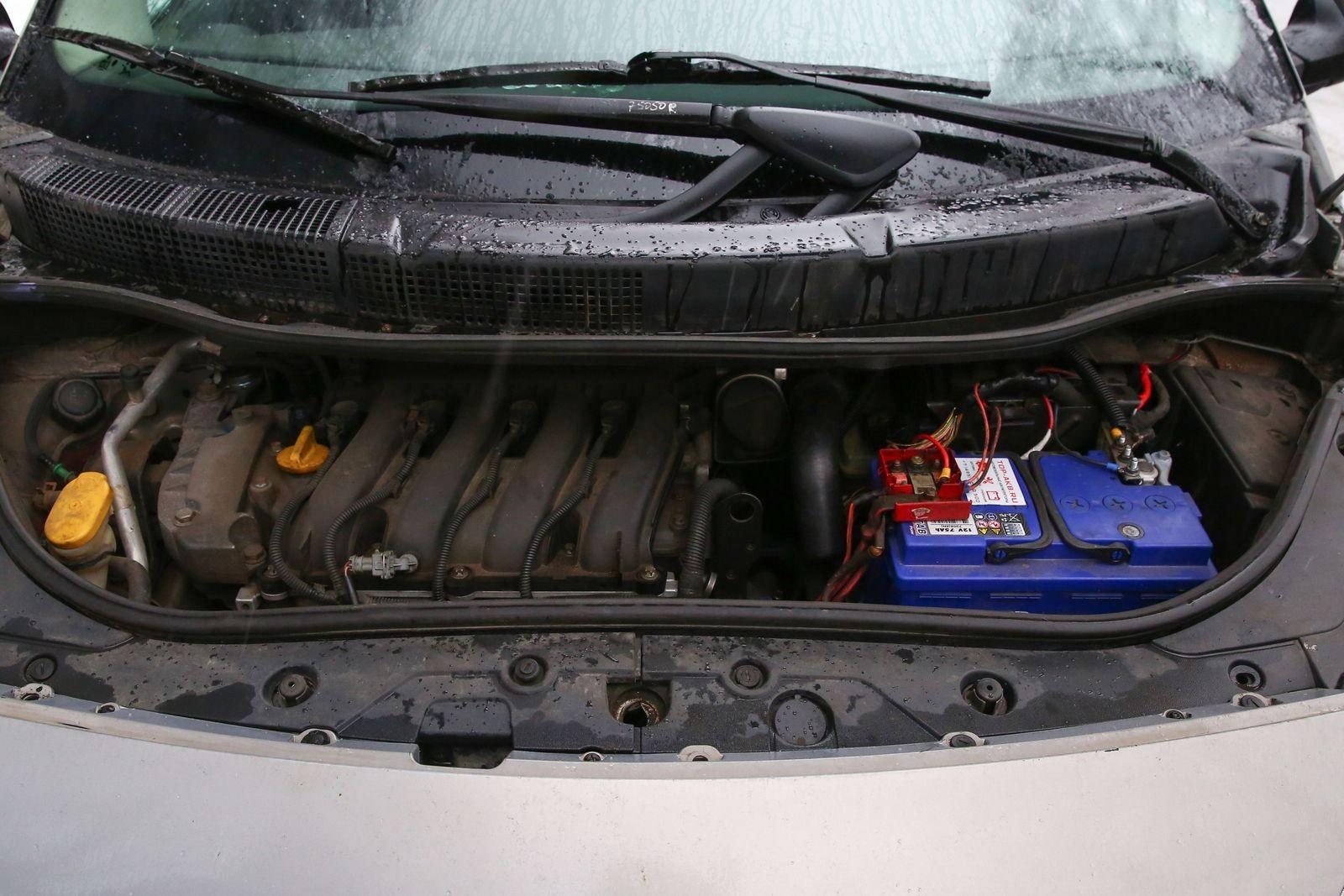 Renault Scenic II с пробегом: стуки рейки, неудачная компоновка и задиры вкладышей