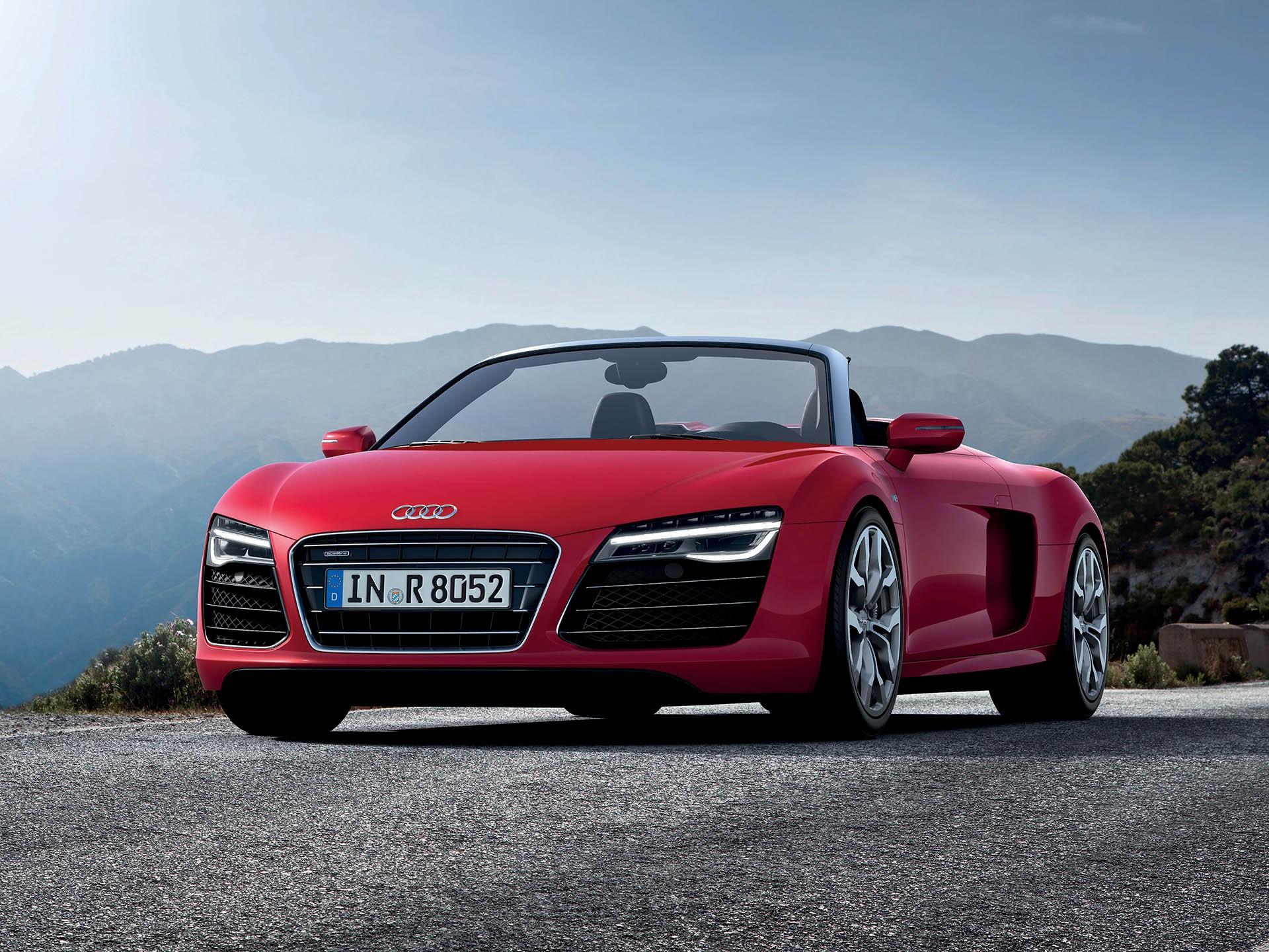 Audi R8 как у Тони Старка или Бэтмобиль? На автомобиле какого киногероя мечтают ездить российские мужчины