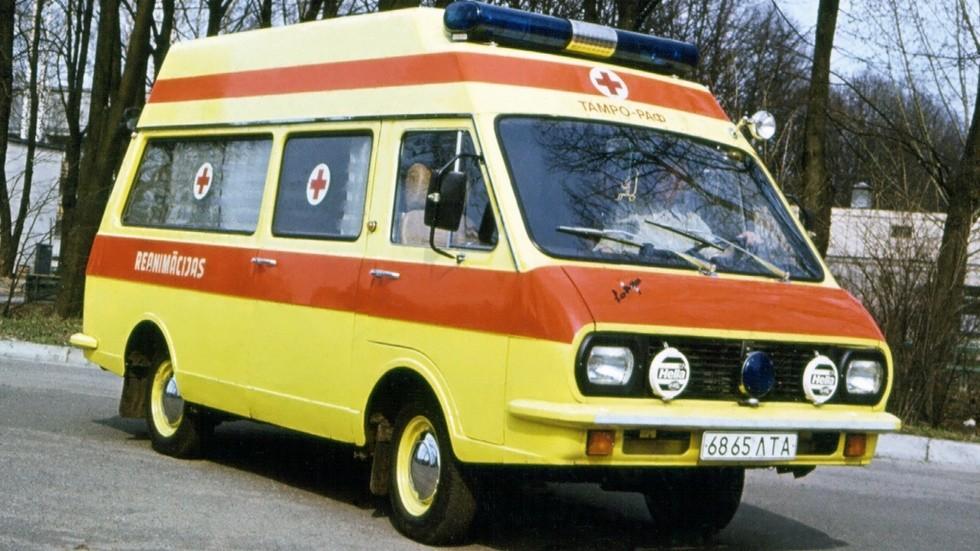 РАФ-Tamro-33021 отличался от советских «рафиков» яркой окраской