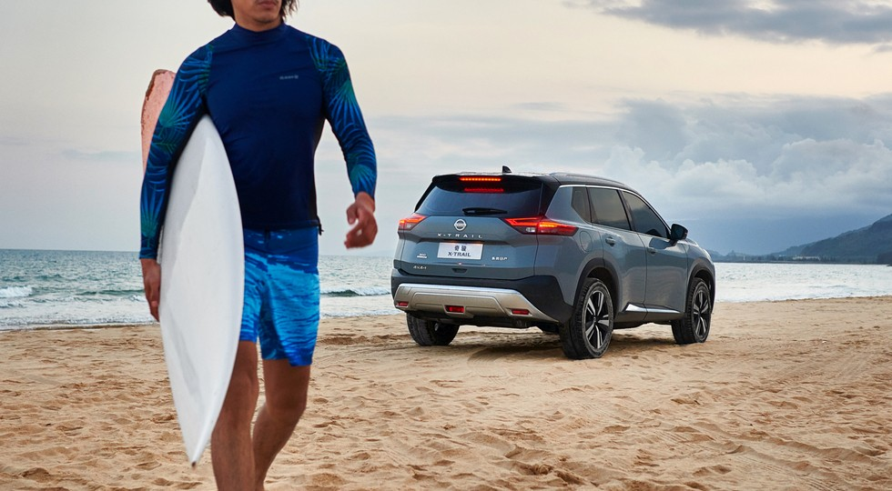 Новый Nissan X-Trail с «турботройкой» поступил в продажу: дешевле предшественника
