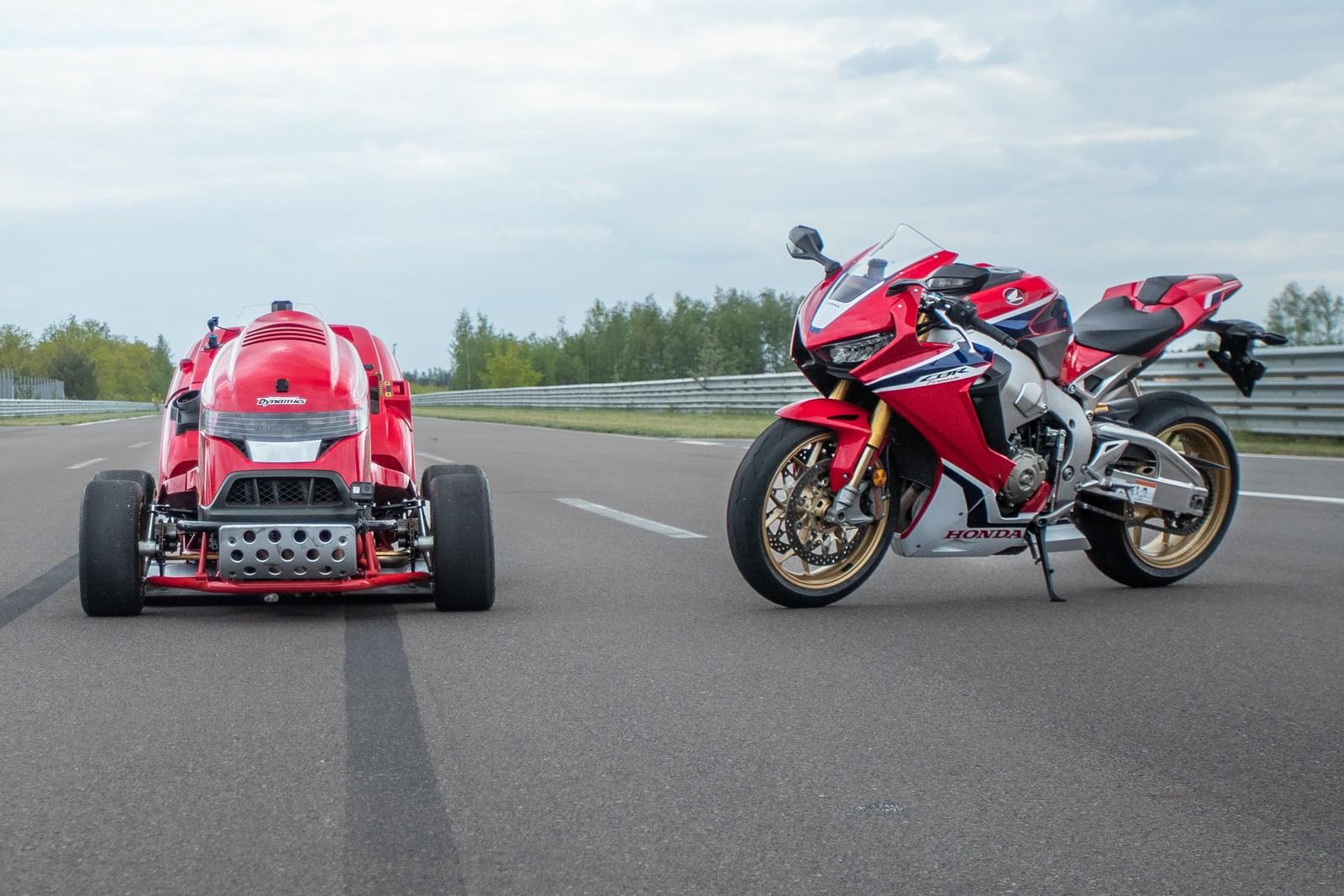 Mean Mower V2 и донор двигателя – спортбайк Honda CBR1000RR Fireblade SP
