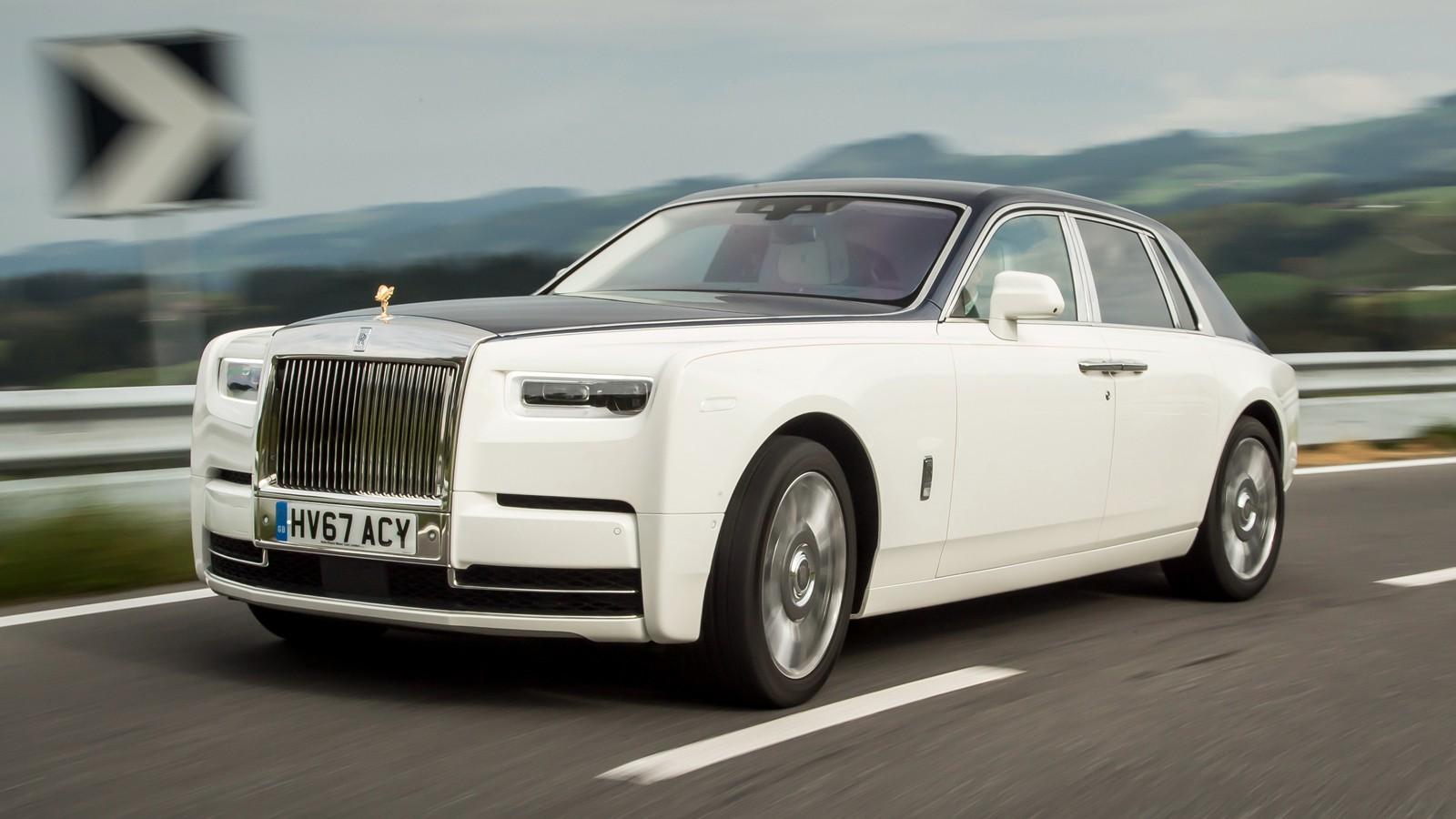 На фото: Rolls-Royce Phantom