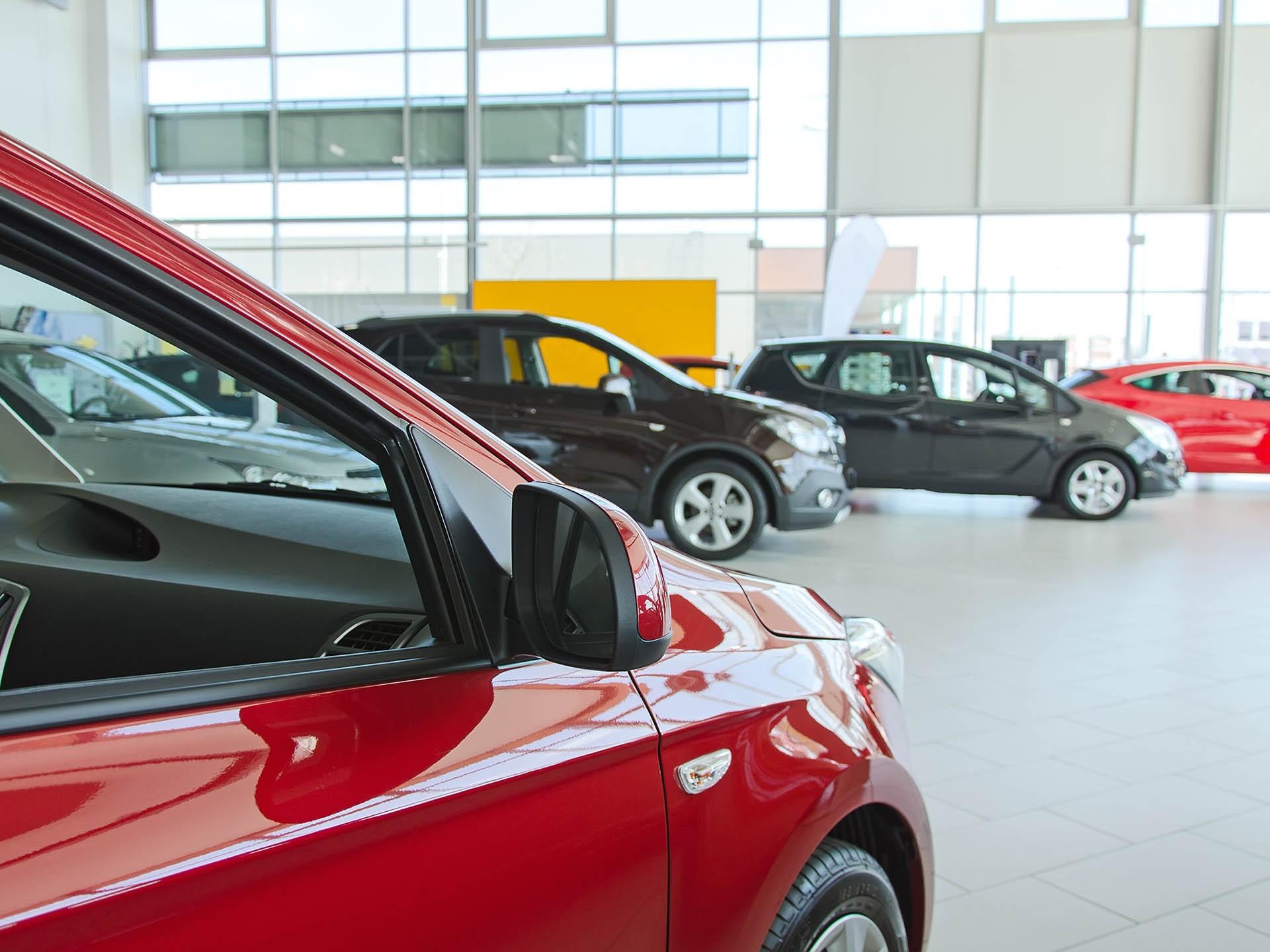 Авито Авто: на фоне дефицита новых автомобилей в России растут продажи подержанных машин в возрасте до 3 лет