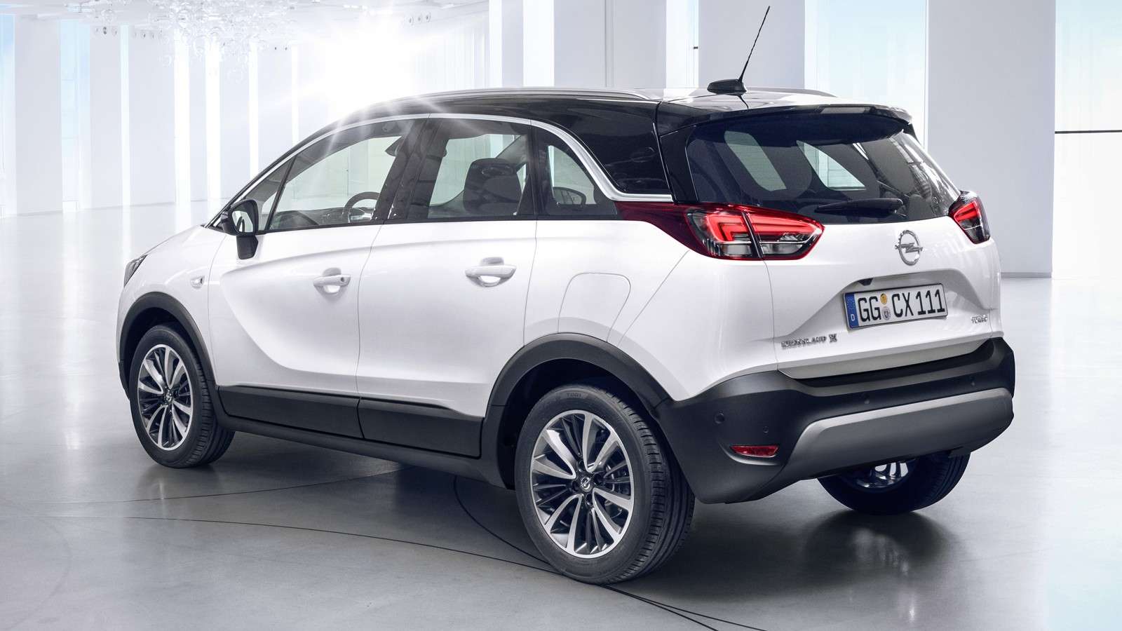 opel cross-2