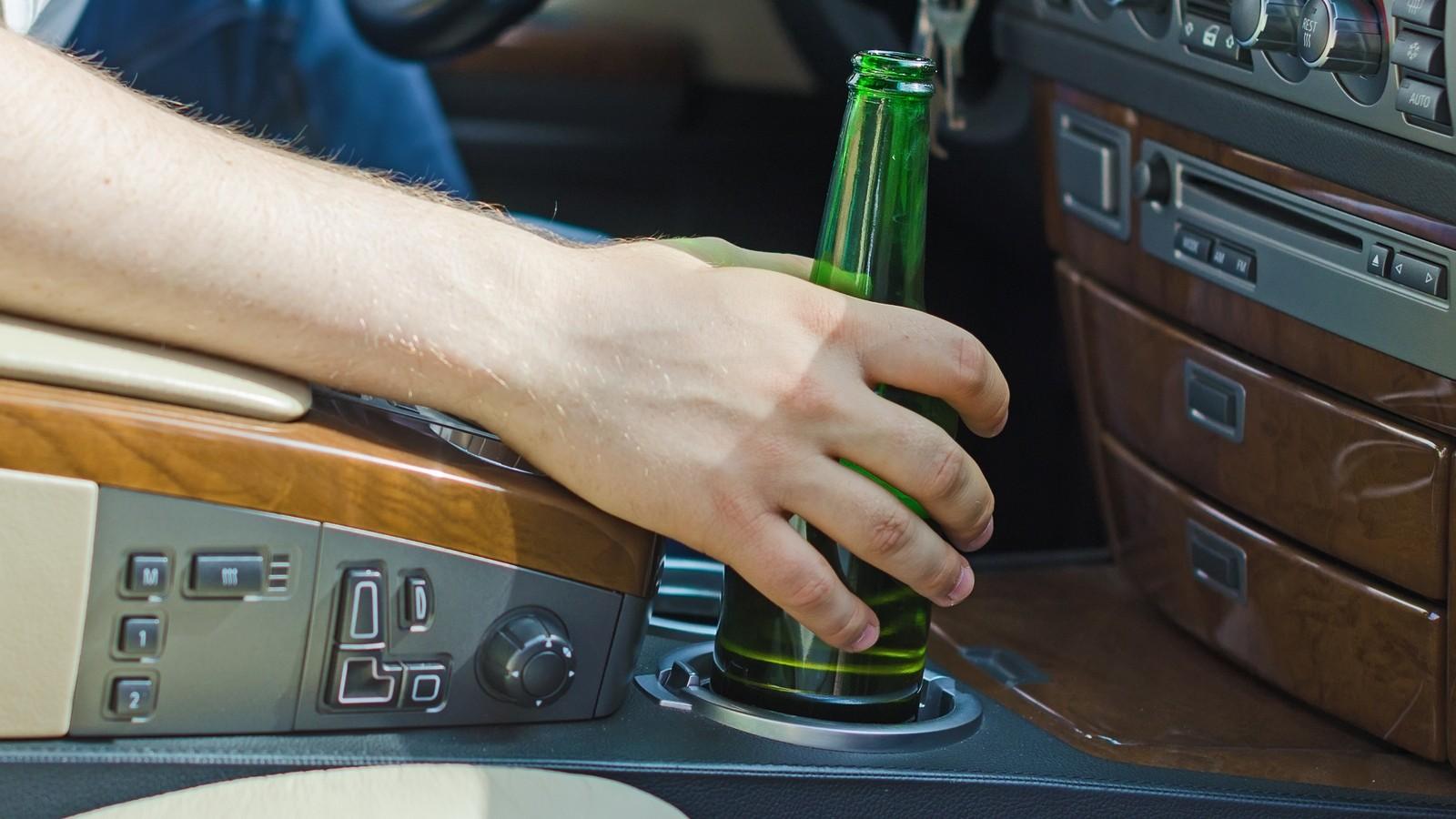 алкоголь в машине