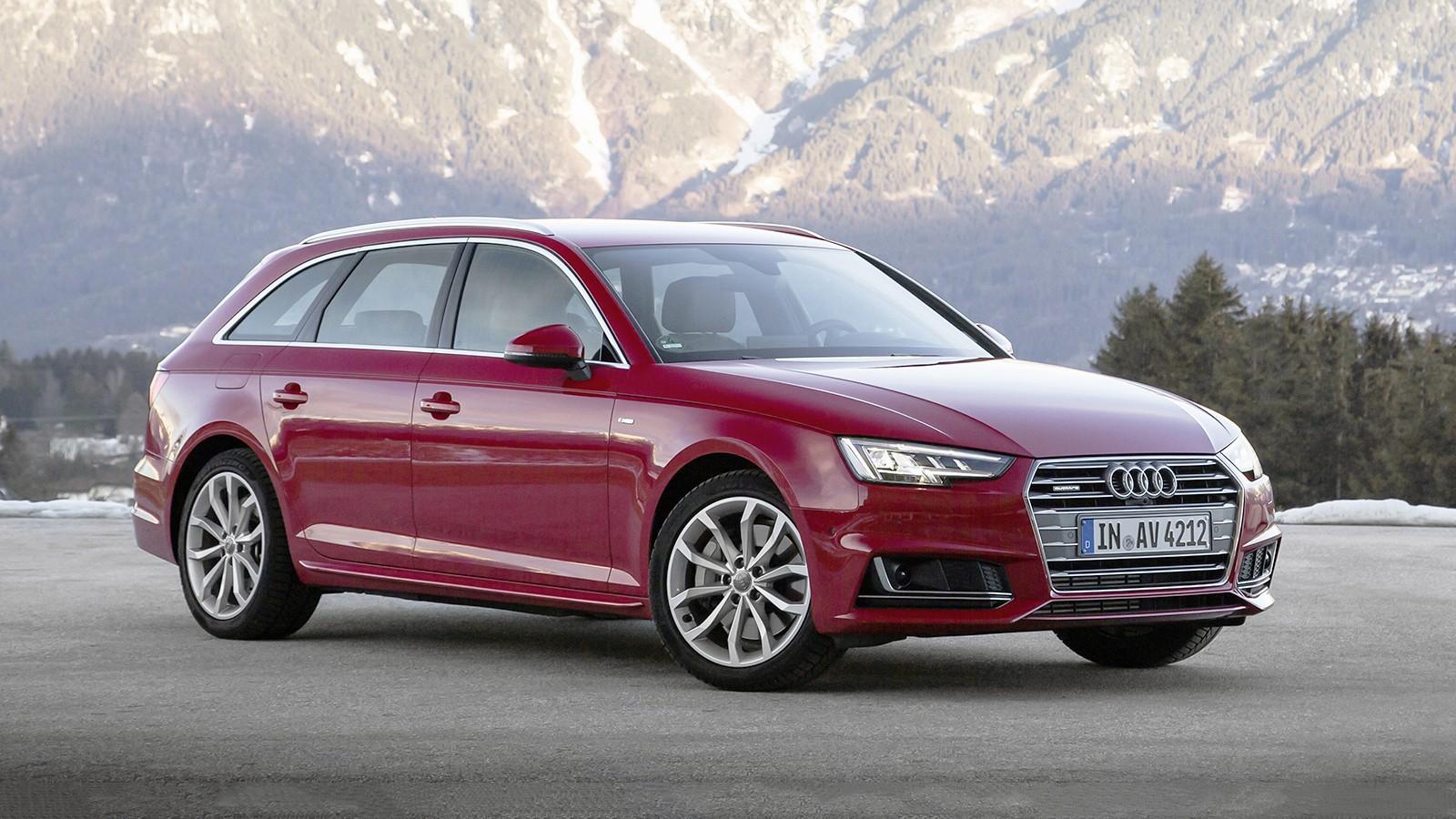 На фото: Audi A4 Avant с пакетом S line