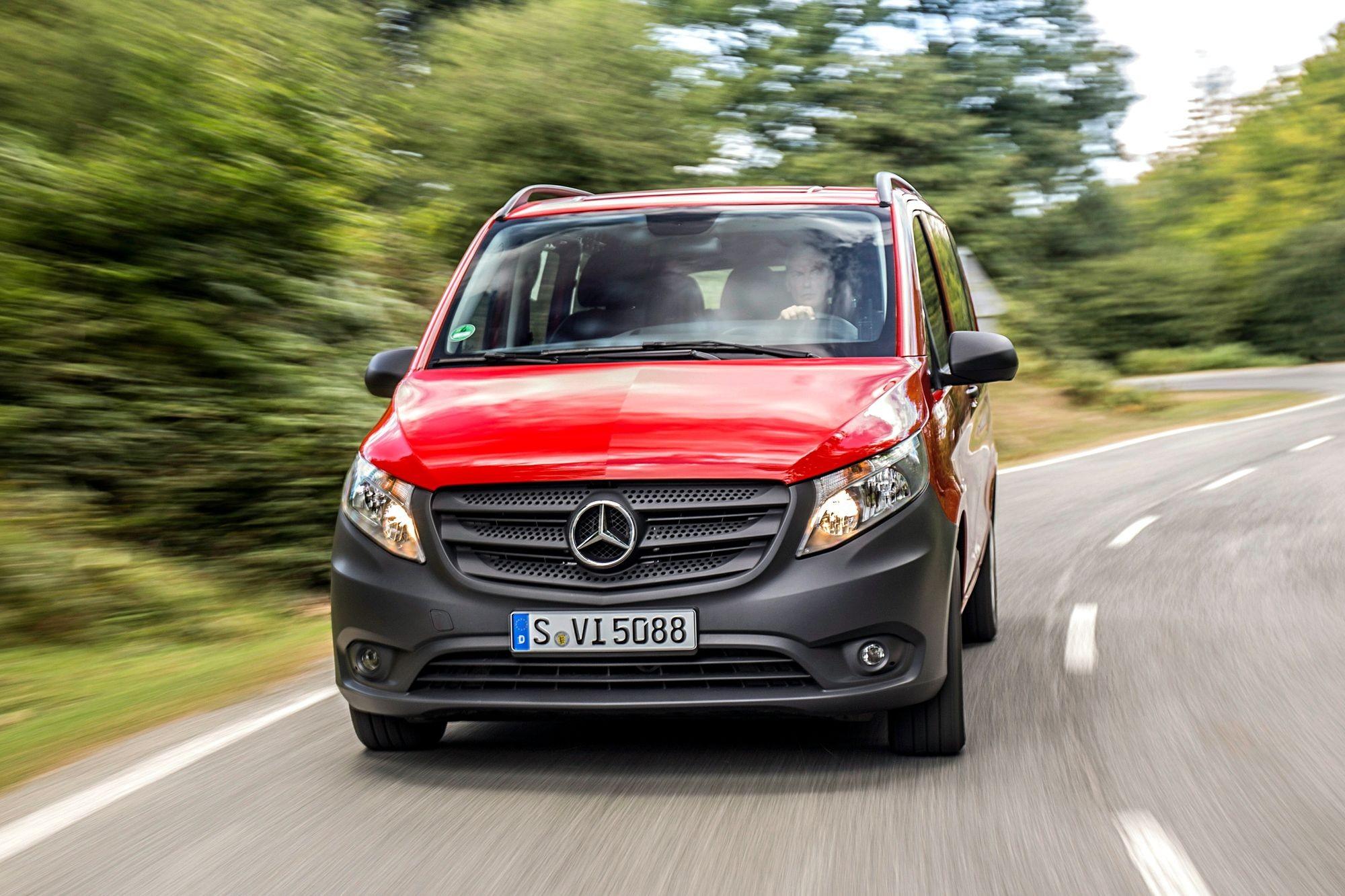 Mercedes-Benz Vito может «поджарить» пассажира: объявлен отзыв в России