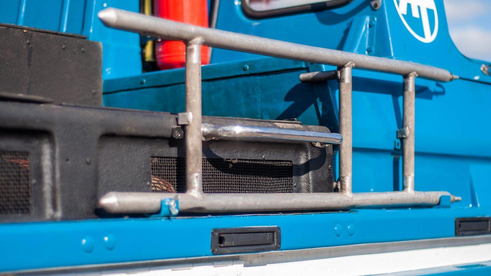 ЗИЛ-49061 Синяя Птица лестница