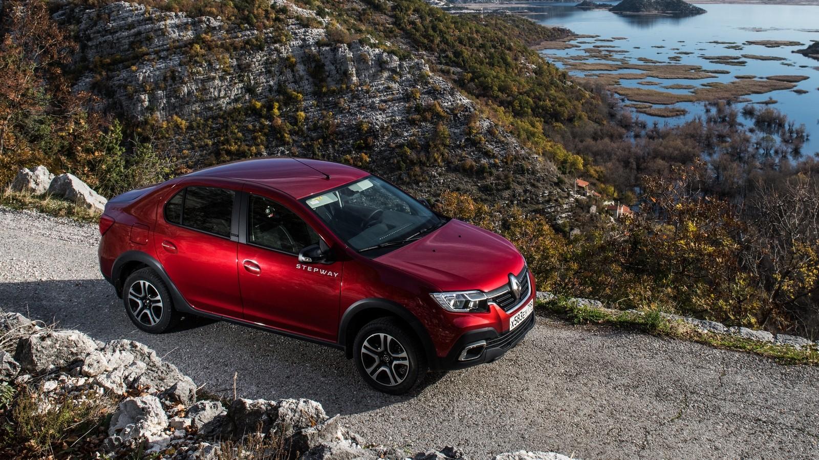 Renault Logan Stepway красный сбоку