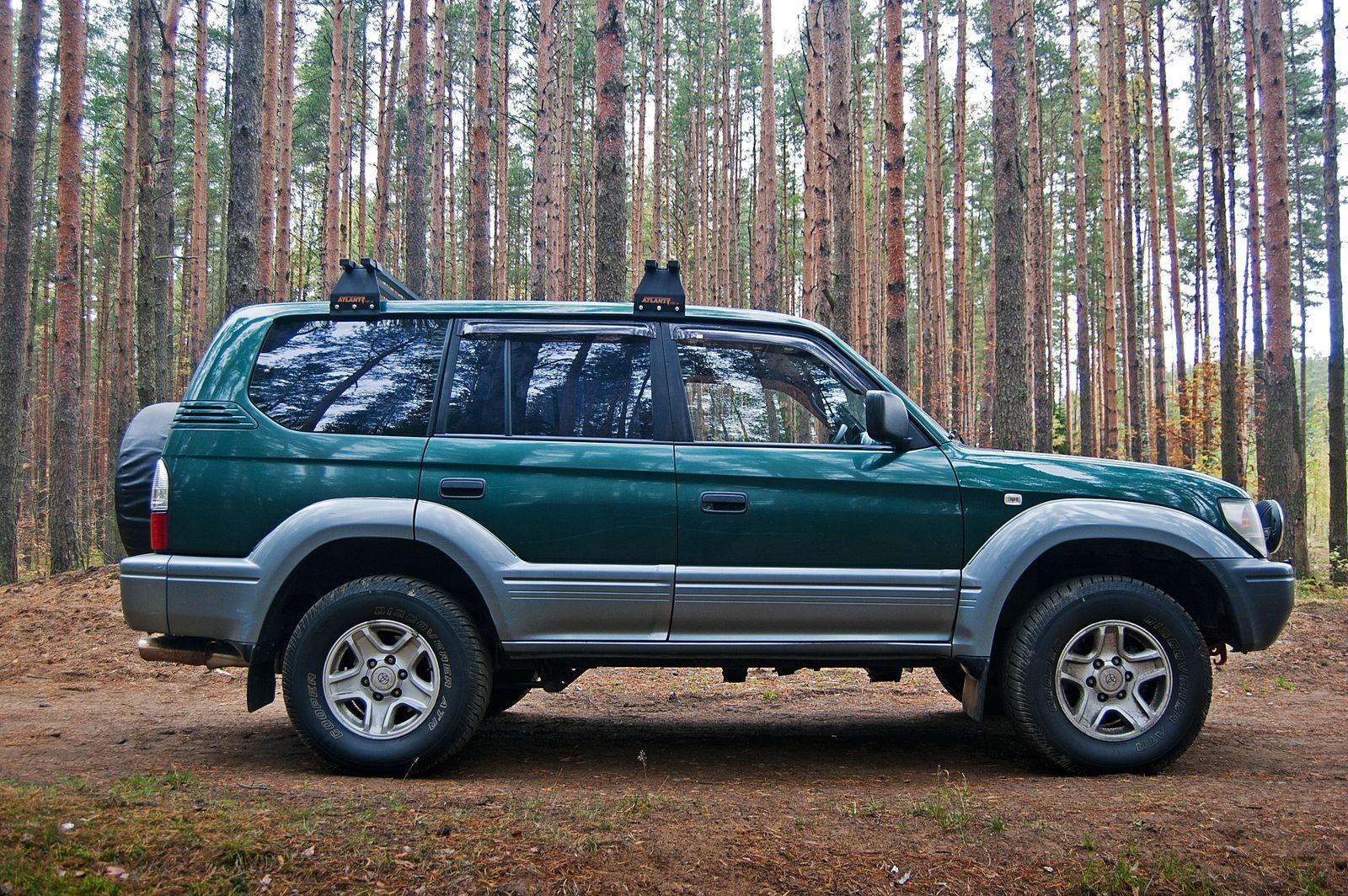 Перевёртыш, 270 тысяч километров и 20 литров на «сотню»: опыт владения Toyota LС Prado 90
