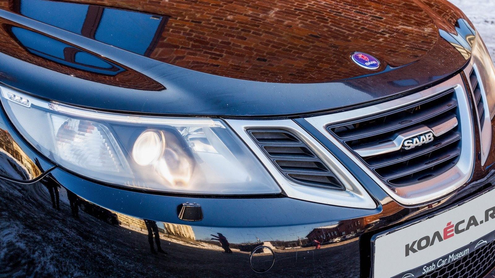 Saab 9-3 SportCombi черный передняя часть