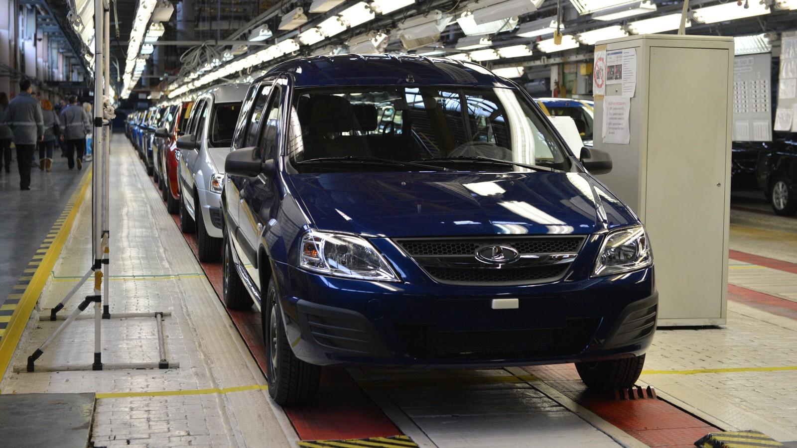 На фото: линия B0 на тольяттинском заводе АВТОВАЗа