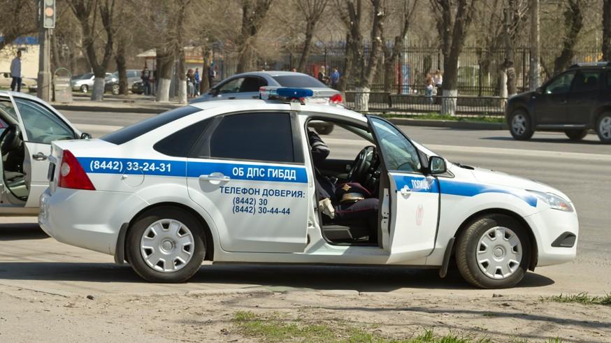 Чтобы не нарушать самоизоляцию: срок действия прав российских автомобилистов продлят на квартал