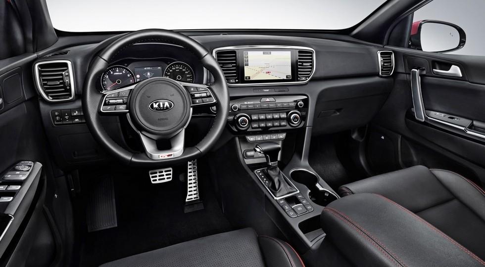 На фото: салон обновленного Kia Sportage GT Line