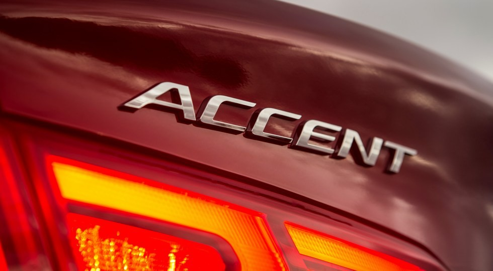 48795_HYUNDAI_S_U_S_DEBUT_OF_ALL_NEW_ACCENT_AT_ORANGE_COUNTY_INTERNATIONAL_AUTO