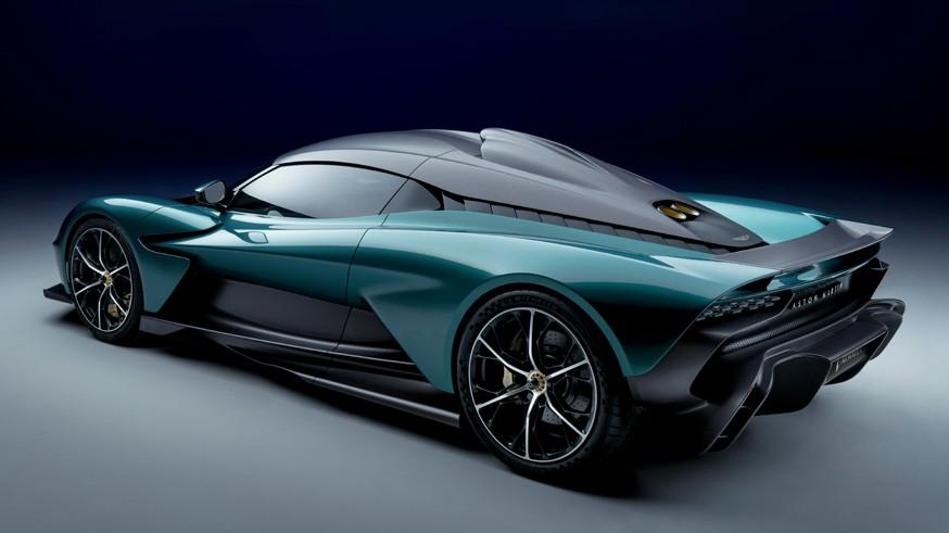 Aston Martin рассекретил суперкар Valhalla: 950-сильная установка и 2,5 секунды до «сотни»