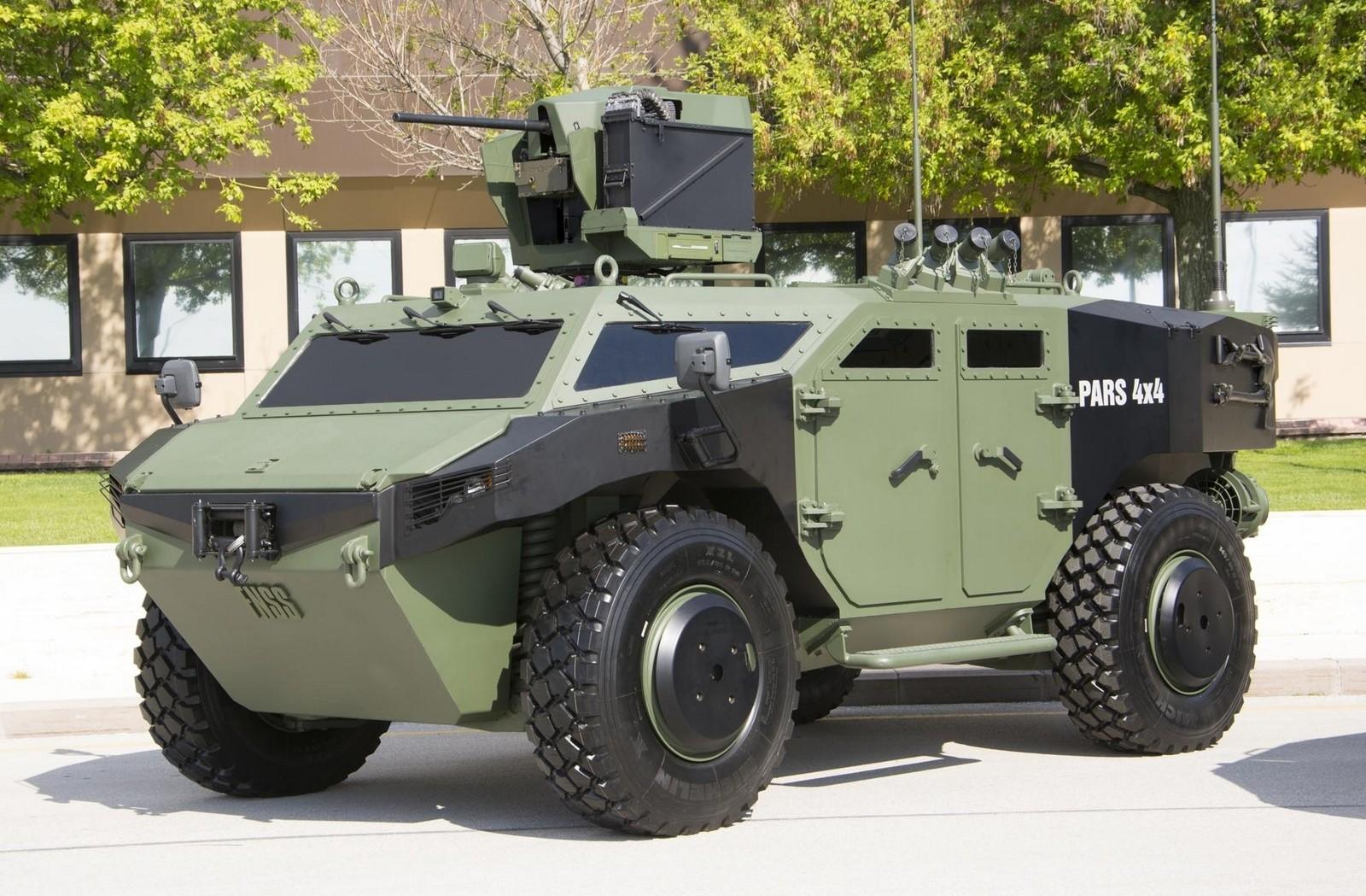 Опытный пулеметный бронеавтомобиль на двухосном модуле FNSS Pars