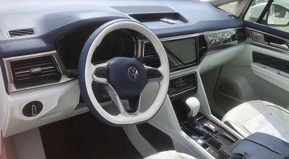 Volkswagen Viloran доработан через год после начала карьеры: хитом минивэн так и не стал