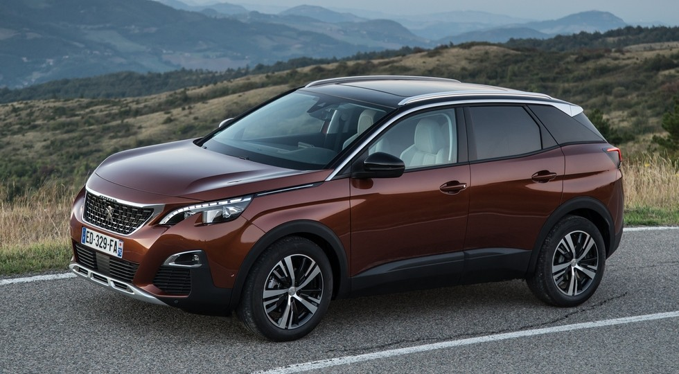 На фото: Peugeot 3008