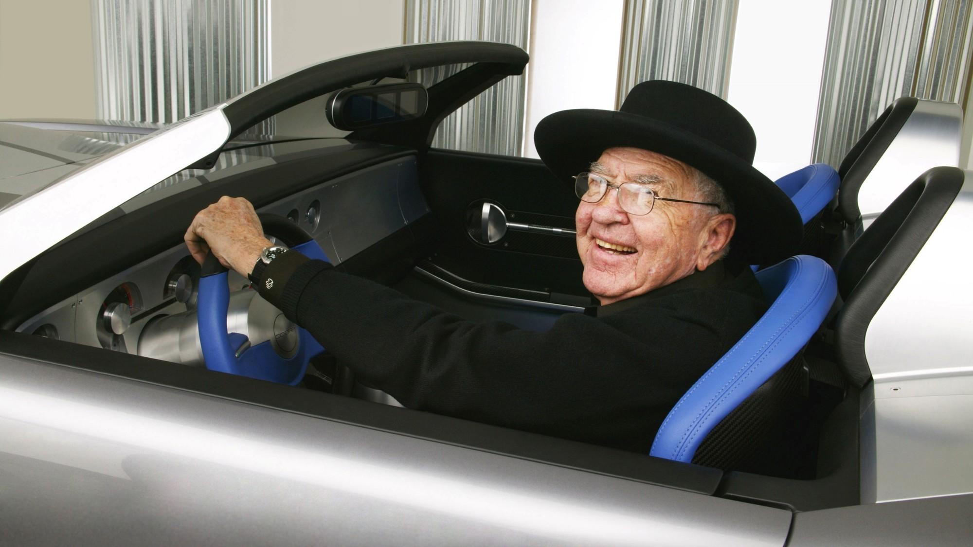 Крейзи Дейзи: единственный в мире Ford Shelby Cobra 2004 года продадут на аукционе
