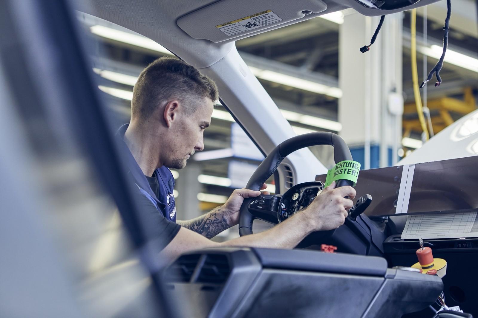 BMW iNext: начато опытное производство в «больничных ...