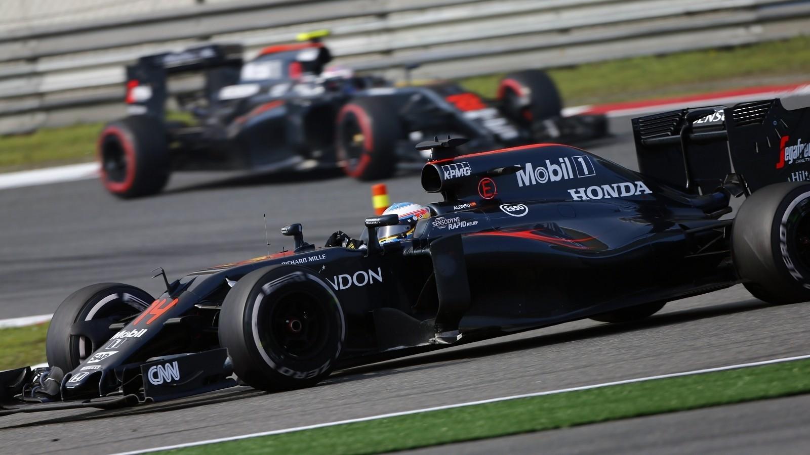 Говорят, что Вандорн ведёт борьбы за место в команде McLaren в сезоне 2017 года с Дженсоном Баттоном