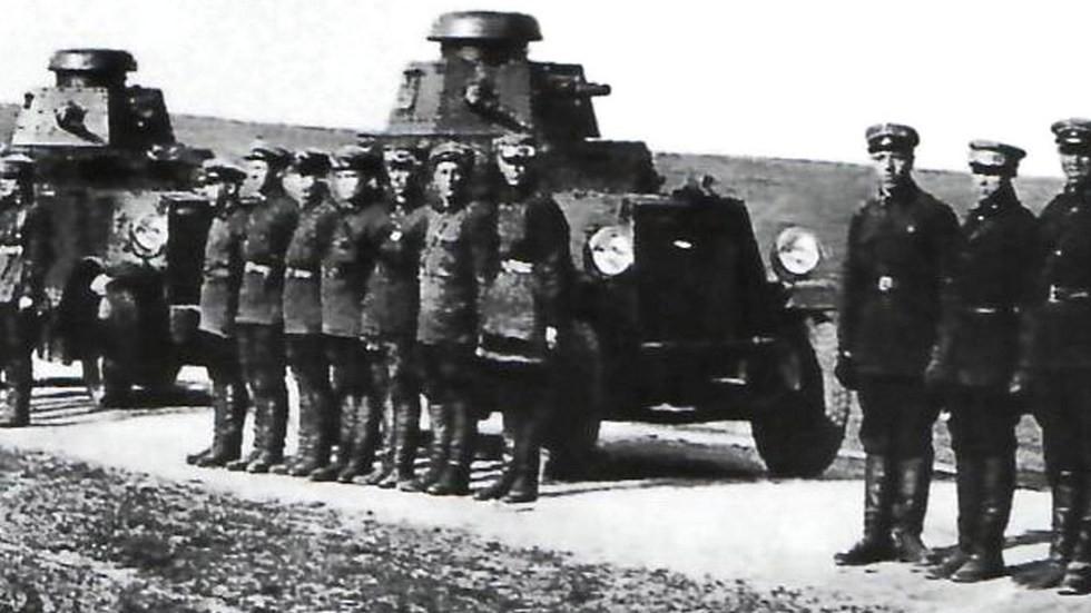 Войска специального назначения ОГПУ на бронеавтомобилях БА-27
