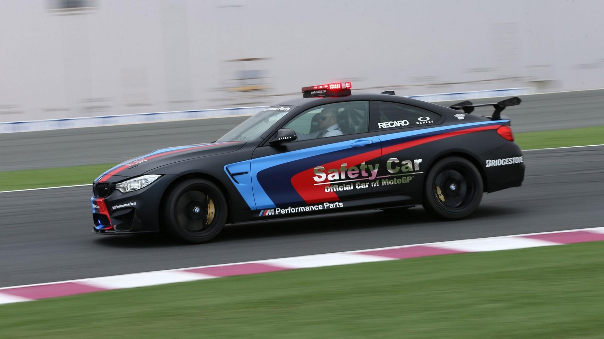 BMW M4 Coupé MotoGP Safety Car (F82) '2015