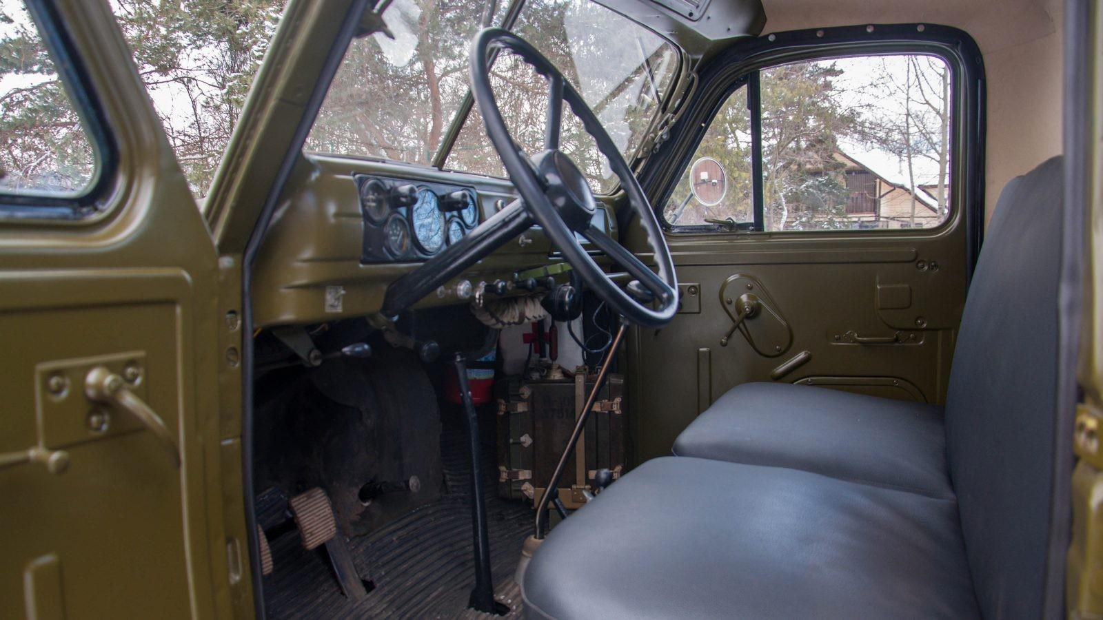 ГАЗ 63 салон