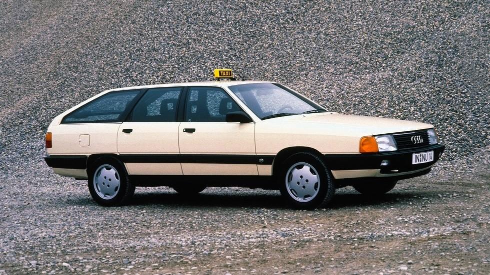 Audi 100 работала и в такси: просторная и выносливая машина прекрасно себя зарекомендовала.