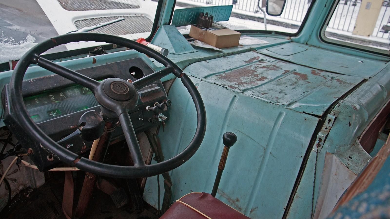 ПАЗ 672М руль