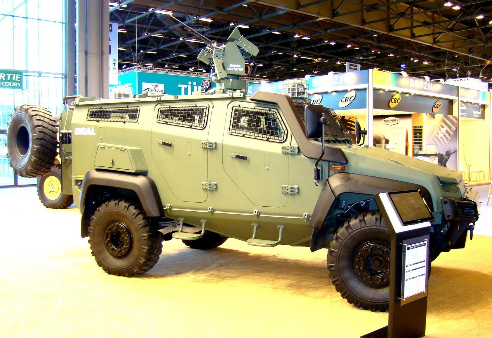 Бронемашина Ural с дистанционно управляемым пулеметным модулем