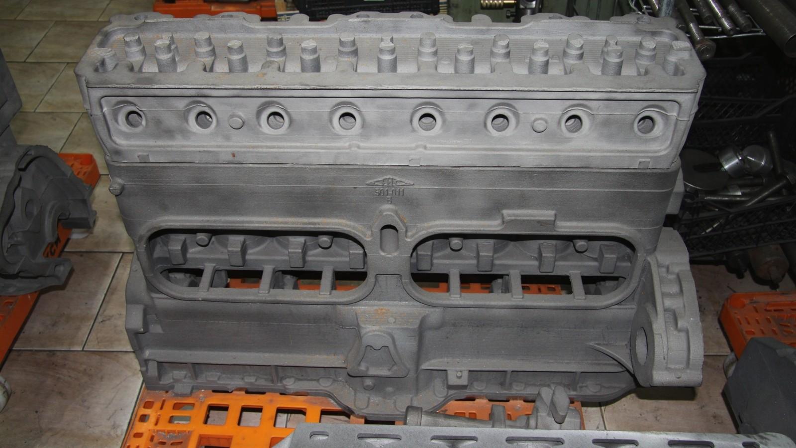 Новодельный блок двигателя для автомобиля ЗИС-101.
