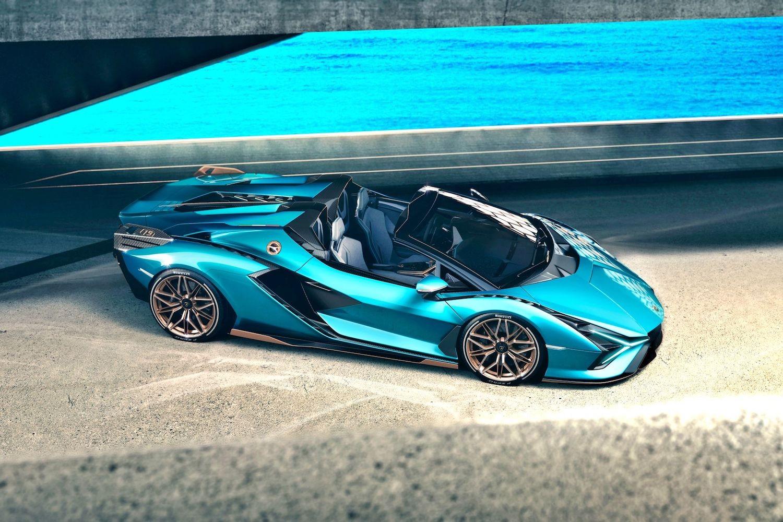Lamborghini Sian Roadster: гибридная песня атмосферного V12 на свежем воздухе