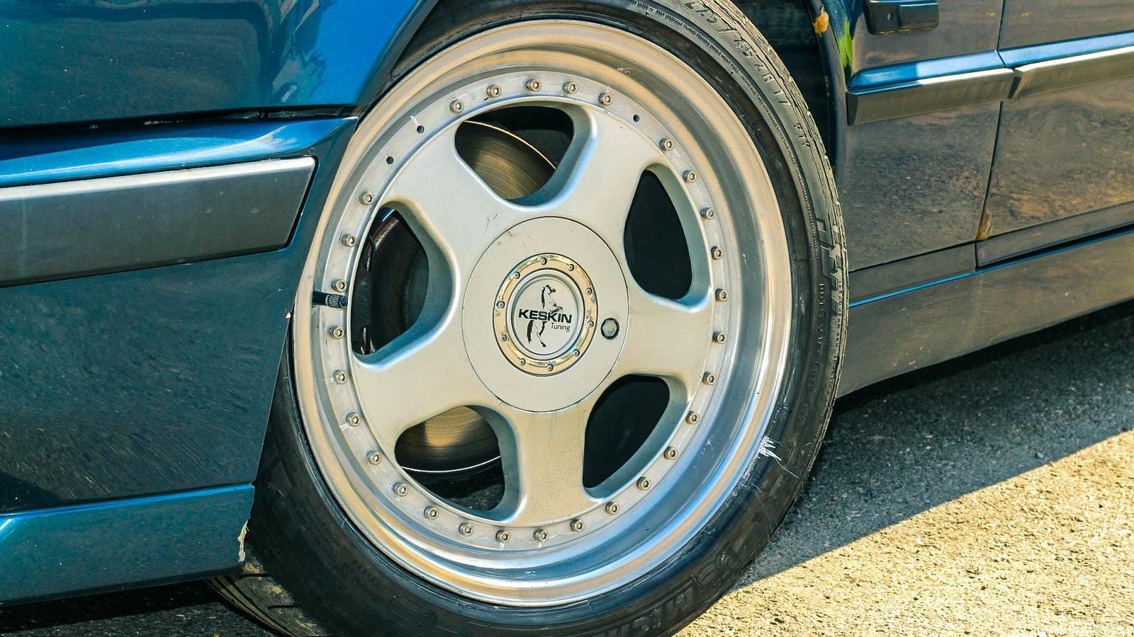 BMW 5 серии E34 колесо