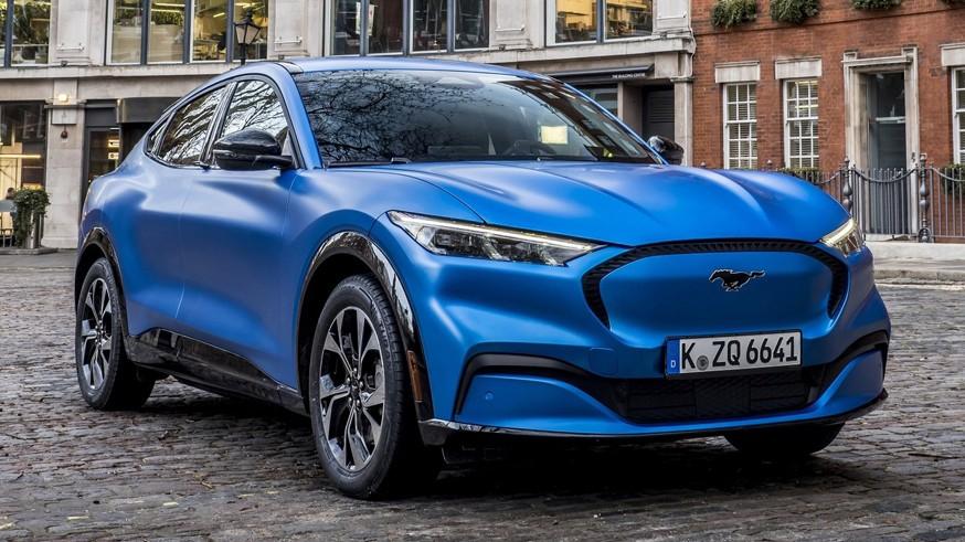 Ford готовит пару платформ для выпуска «зелёных» моделей и новые компактные батареи