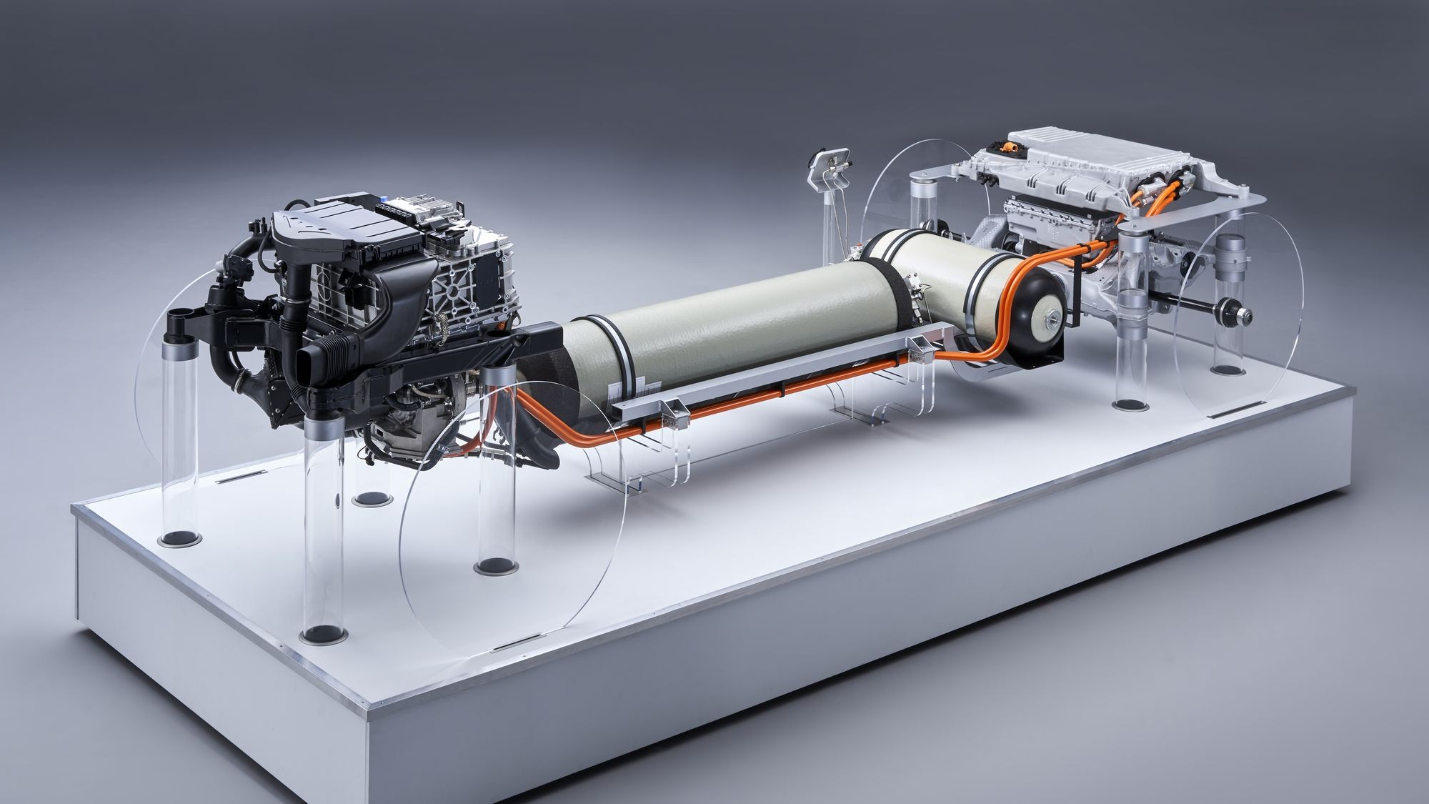 Всё идёт по плану: водородный BMW X5 с компонентами Toyota станет серийным в 2022 году